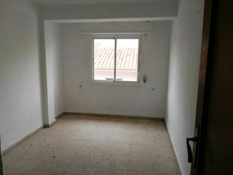 Piso en venta en Albacete, Albacete, Calle Jorge Guillén, 53.000 €, 3 habitaciones, 82 m2