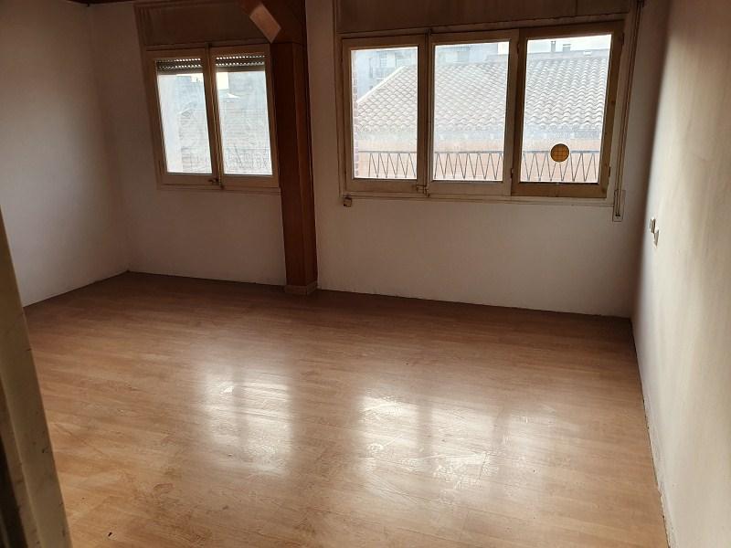 Piso en venta en Mollet del Vallès, Barcelona, Avenida del Parc, 110.000 €, 2 habitaciones, 65 m2