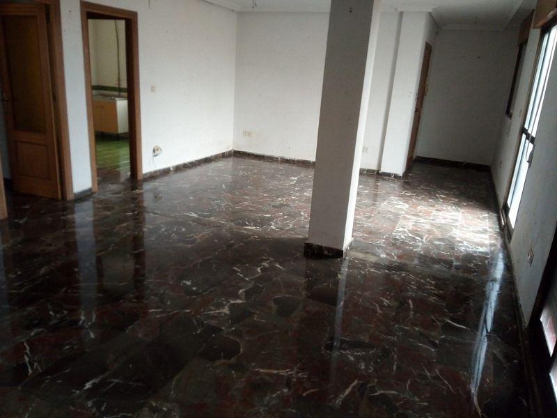 Piso en venta en La Carolina, Jaén, Paseo Molino de Viento, 79.000 €, 6 habitaciones, 2 baños, 98 m2