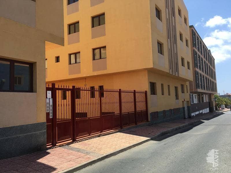 Piso en venta en Santa Lucía de Tirajana, Las Palmas, Calle Orilla Baja, 78.000 €, 3 habitaciones, 2 baños, 83 m2