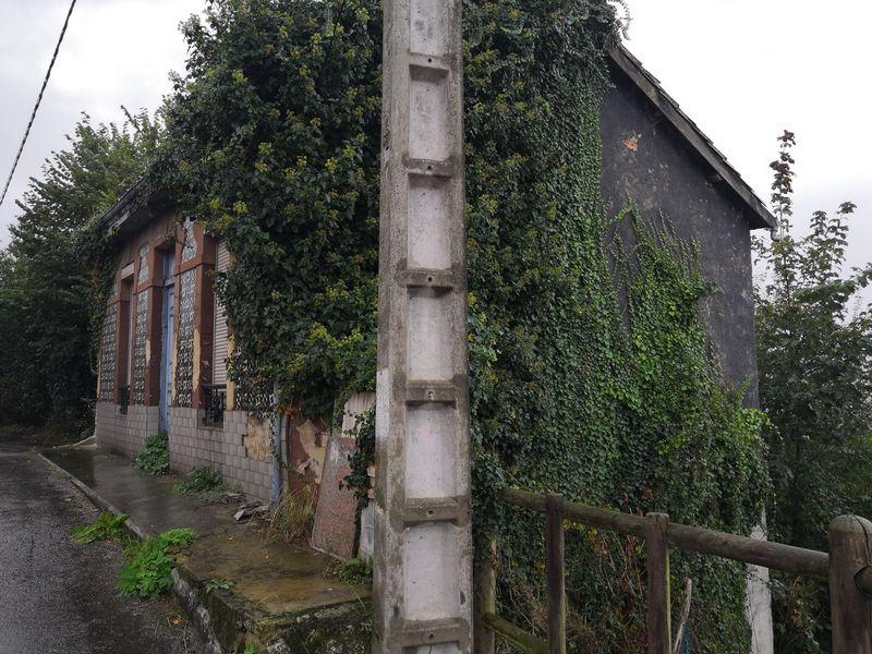 Casa en venta en Langreo, Asturias, Calle Cuesta del Arco, 60.000 €, 1 habitación, 1 baño, 98 m2