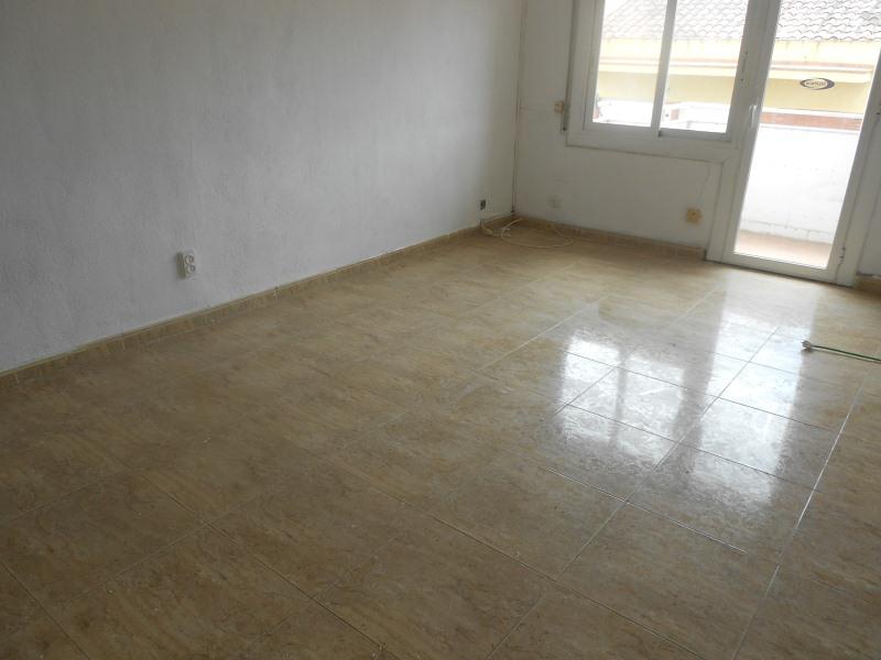 Piso en venta en Mas de Mora, Tordera, Barcelona, Avenida Joan Xxiii, 91.000 €, 3 habitaciones, 1 baño, 78 m2