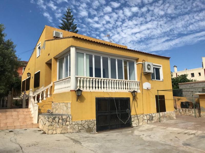 Piso en venta en Providencia, Bétera, Valencia, Calle Mayor, 277.000 €, 5 habitaciones, 2 baños, 301 m2