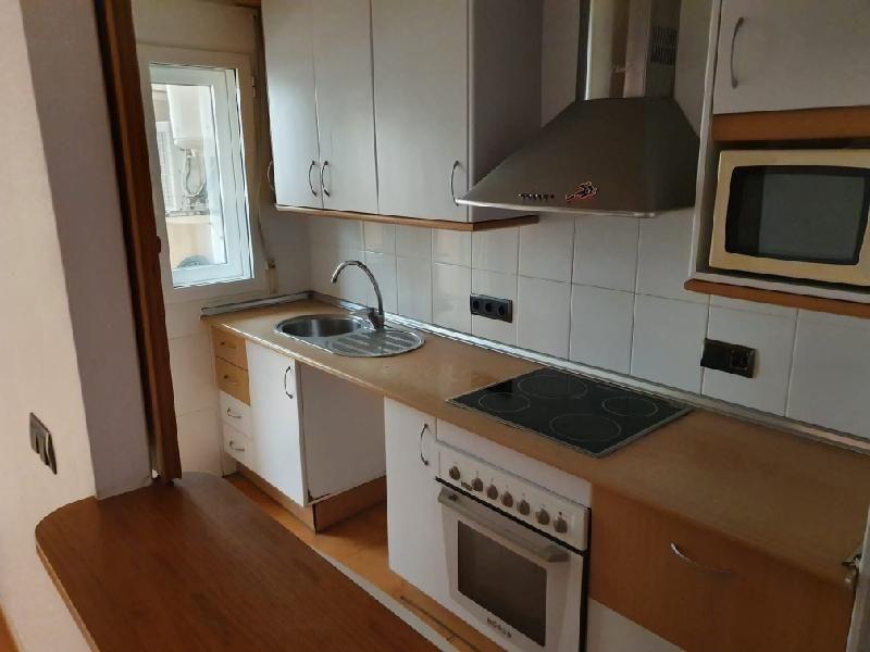 Piso en venta en La Manga del Mar Menor, San Javier, Murcia, Calle Veneziola. Edificio Omega, 87.000 €, 3 habitaciones, 2 baños, 83 m2