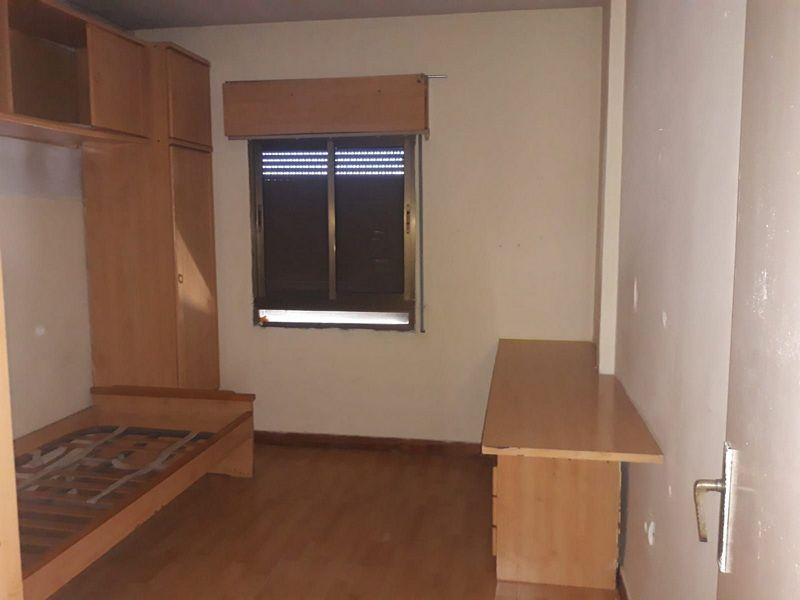 Piso en venta en Piso en Santa María la Real de Nieva, Segovia, 45.000 €, 3 habitaciones, 1 baño, 93 m2
