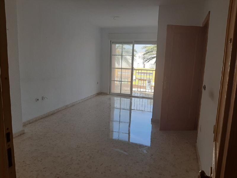 Piso en venta en Piso en Roquetas de Mar, Almería, 53.000 €, 1 habitación, 1 baño, 45 m2