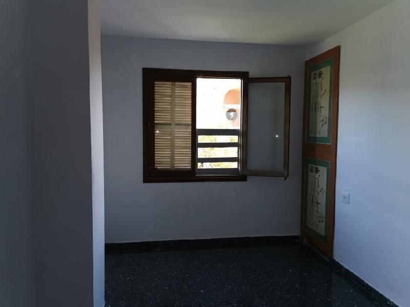 Piso en venta en Son Coc, Palma de Mallorca, Baleares, Calle Manacor, 182.000 €, 4 habitaciones, 1 baño, 104 m2