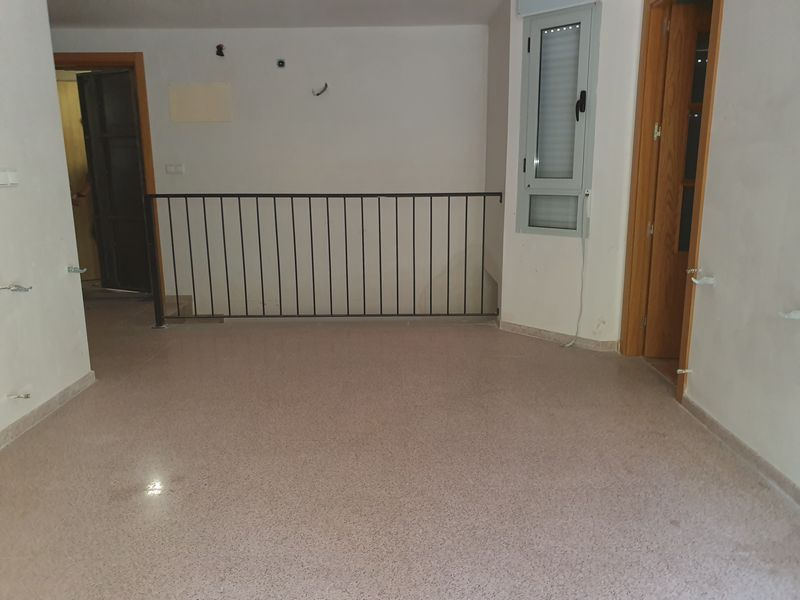 Piso en venta en Piso en Alcoy/alcoi, Alicante, 91.300 €, 2 habitaciones, 1 baño, 109,33 m2, Garaje