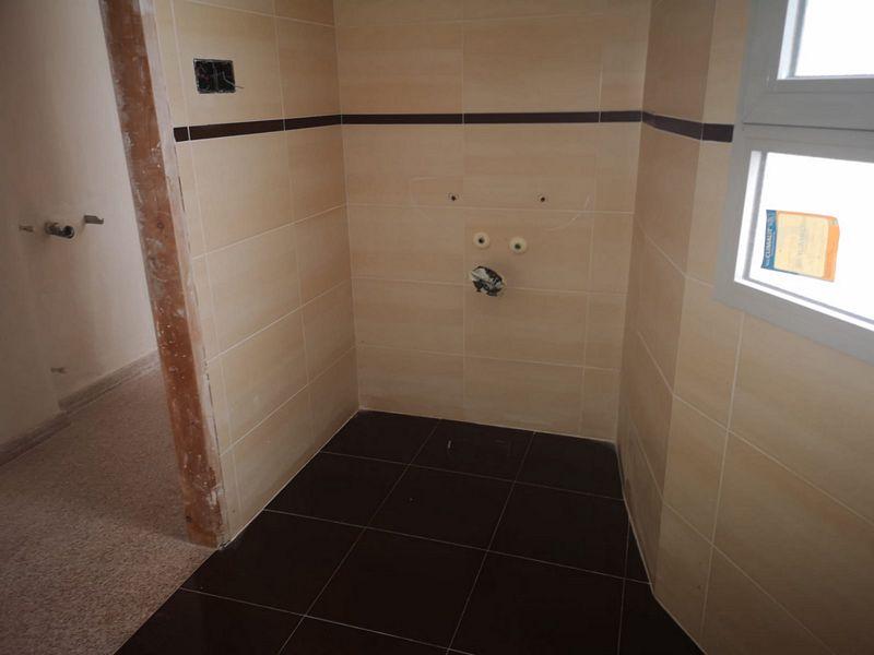 Piso en venta en Piso en Alcoy/alcoi, Alicante, 85.800 €, 3 habitaciones, 1 baño, 103,16 m2