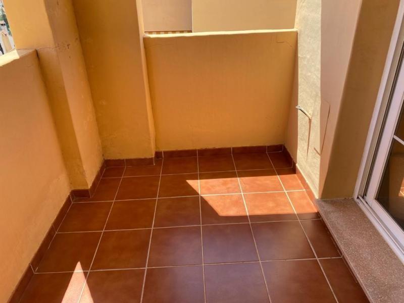 Casa en venta en Casa en Fuengirola, Málaga, 185.000 €, 1 habitación, 1 baño, 68 m2, Garaje
