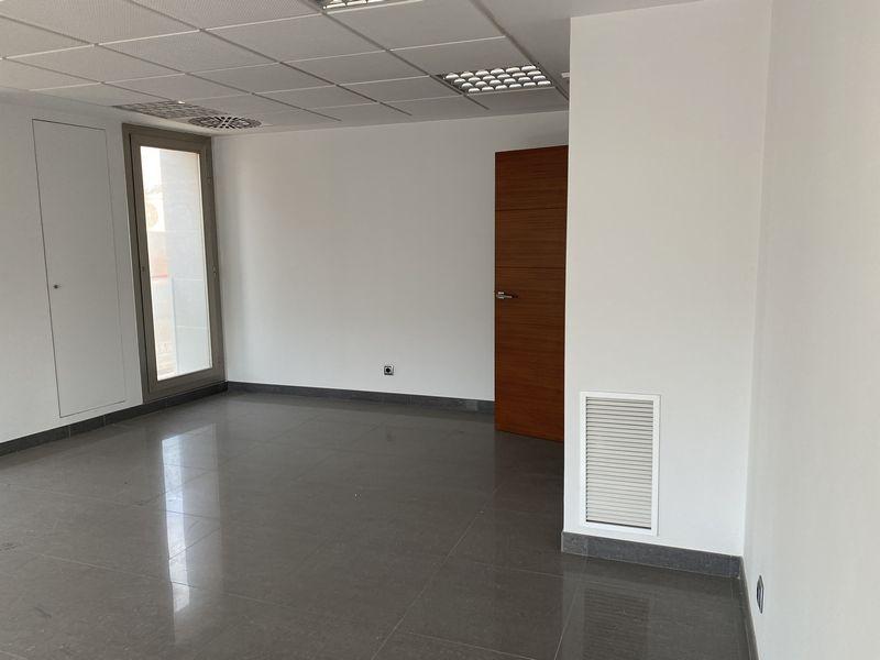 Oficina en venta en Oficina en Benimodo, Valencia, 183.000 €, 202,9 m2