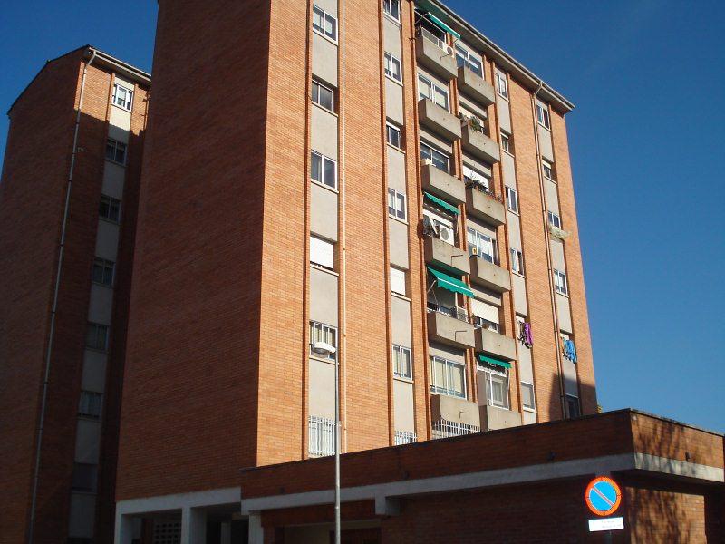 Piso en venta en Fontajau, Girona, Girona, Calle Fontajau, 139.000 €, 3 habitaciones, 1 baño, 81 m2