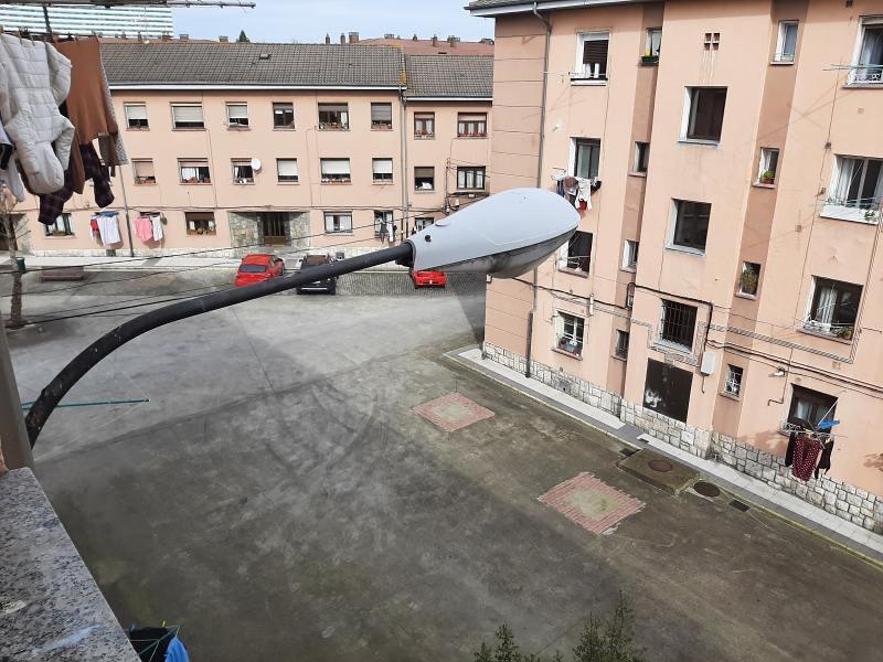 Piso en venta en Piso en Oviedo, Asturias, 32.000 €, 2 habitaciones, 1 baño, 52 m2