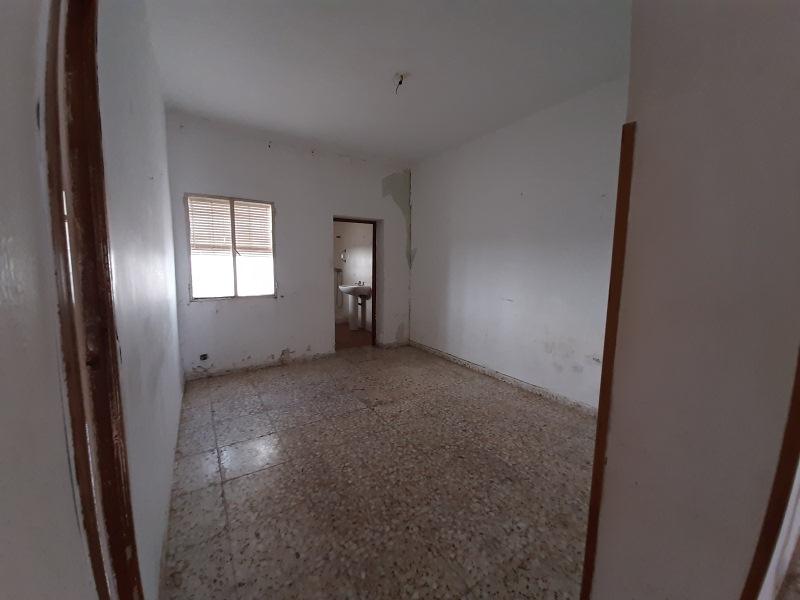 Piso en venta en La Carolina, Jaén, Calle Jacinto Benavente, 47.000 €, 3 habitaciones, 1 baño, 91 m2