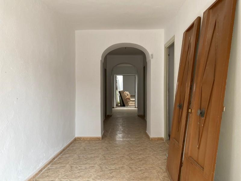 Piso en venta en Nava, Bienvenida, Badajoz, Calle Nava, 59.000 €, 4 habitaciones, 1 baño, 118 m2