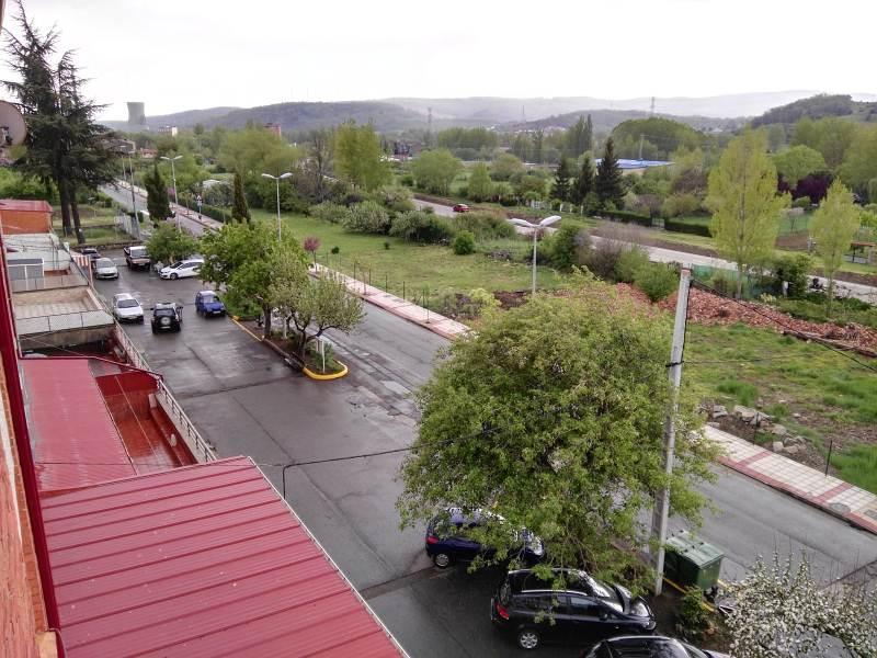 Piso en venta en Llanos de Alba, la Robla, León, Calle Ventas de Alcedo, 50.549 €, 3 habitaciones, 1 baño, 87 m2
