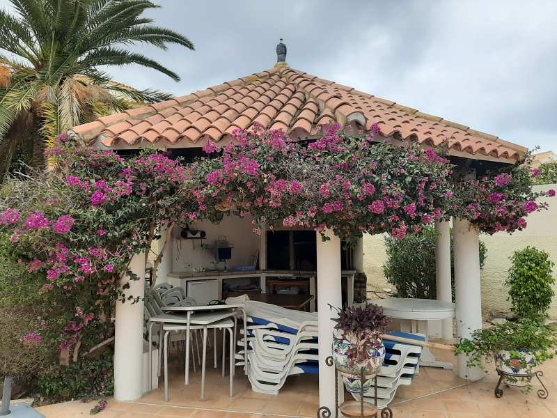 Piso en venta en Piso en la Nucia, Alicante, 91.000 €, 2 habitaciones, 1 baño, 66 m2