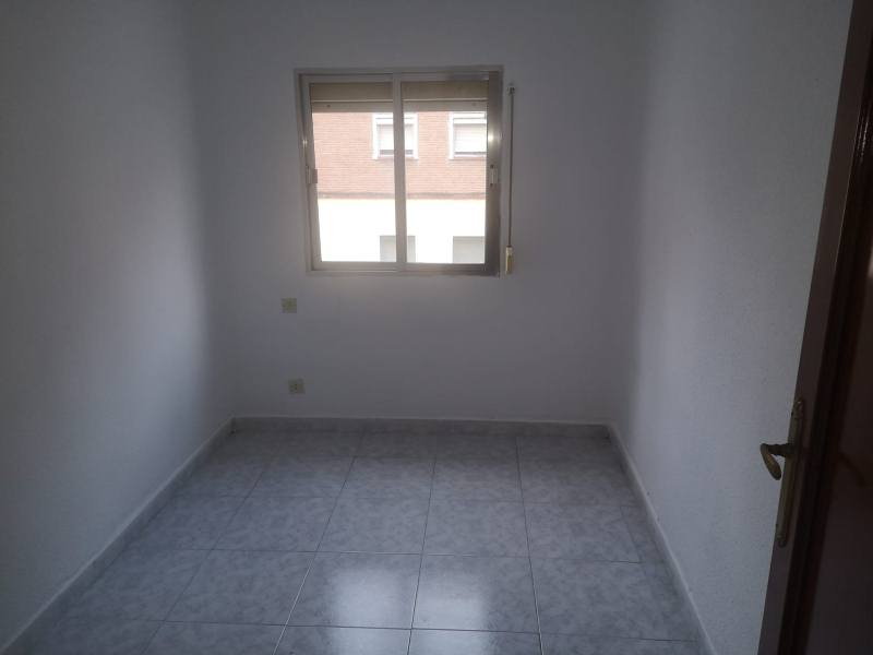 Piso en venta en Piso en Talavera de la Reina, Toledo, 36.000 €, 3 habitaciones, 1 baño, 59 m2