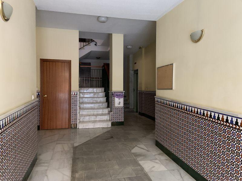 Piso en venta en Piso en Santa Fe, Granada, 68.000 €, 2 habitaciones, 2 baños, 89 m2, Garaje