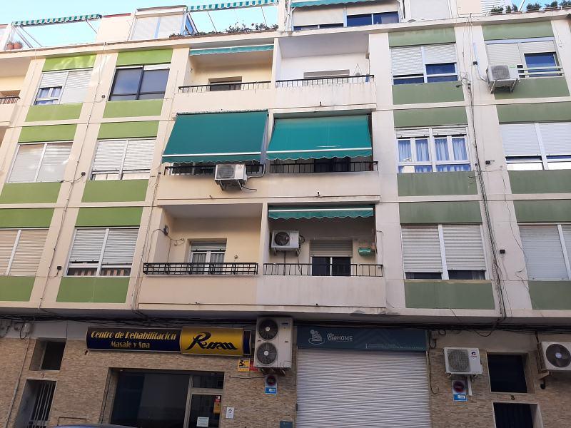 Piso en venta en La Florida, Alicante/alacant, Alicante, Calle San Lorenzo, 88.000 €, 3 habitaciones, 1 baño, 111 m2