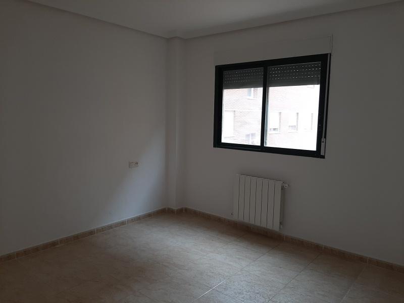 Piso en venta en Piso en Almansa, Albacete, 121.000 €, 3 habitaciones, 2 baños, 112 m2