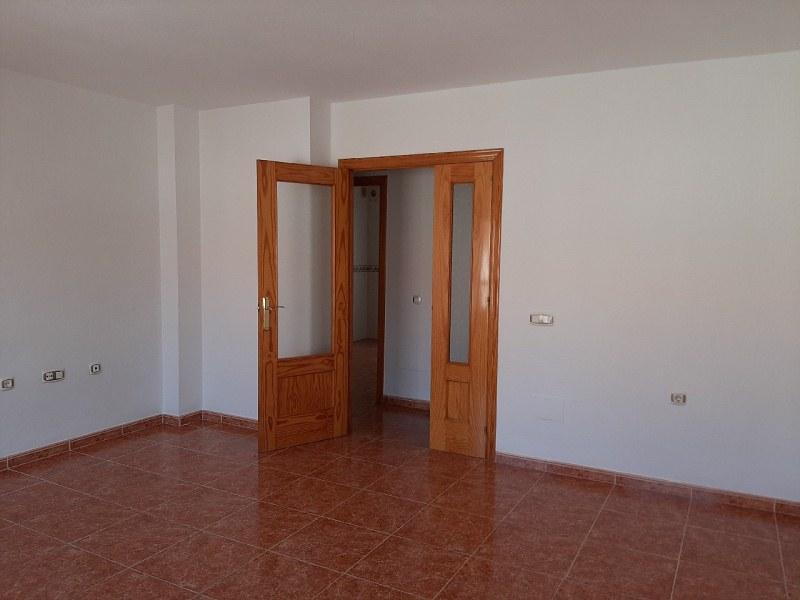 Piso en venta en Piso en Vícar, Almería, 66.000 €, 3 habitaciones, 1 baño, 89 m2, Garaje