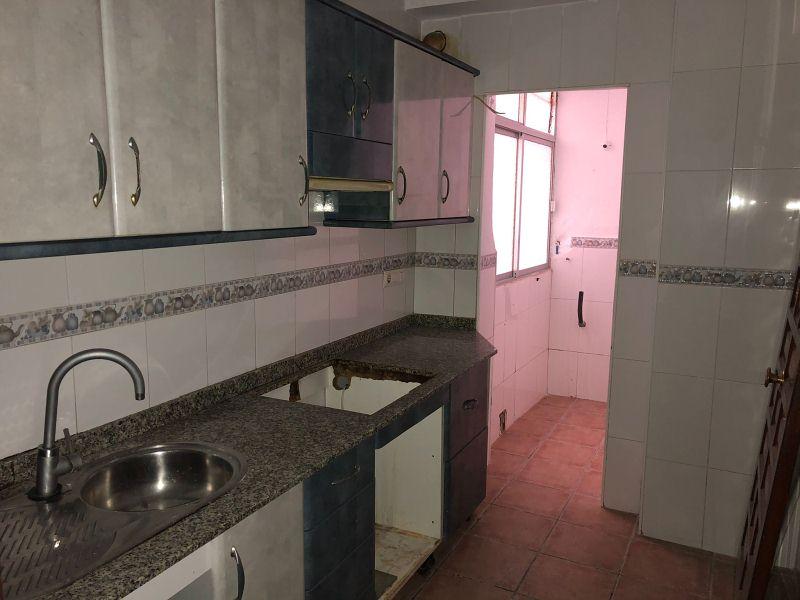 Piso en venta en Cuevas del Almanzora, Almería, Calle El Pilar, 47.000 €, 3 habitaciones, 1 baño, 83 m2