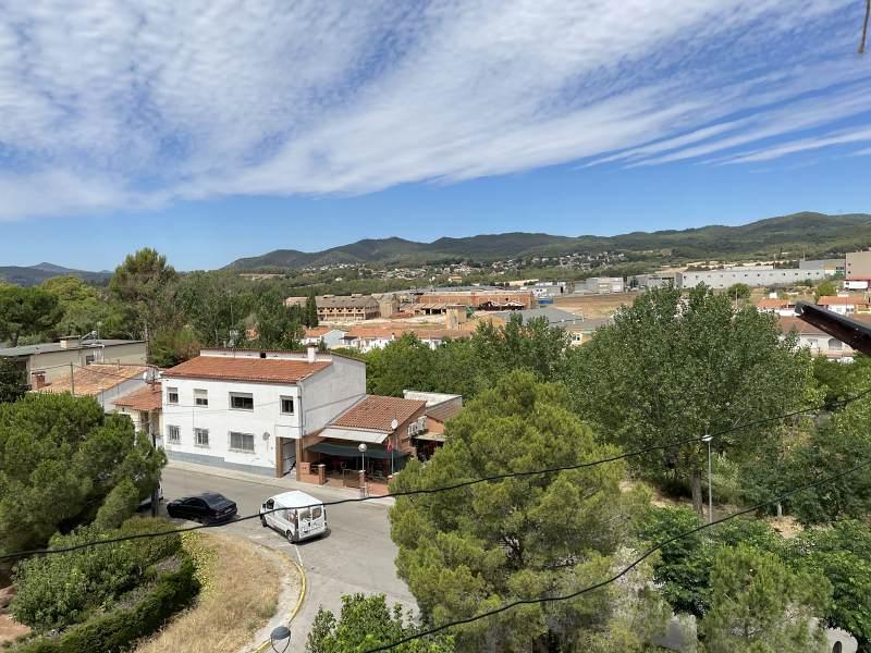 Piso en venta en La Venta I Can Musarro, Piera, Barcelona, Avenida de la Carretera de Igualada, 98.000 €, 2 habitaciones, 1 baño, 79 m2