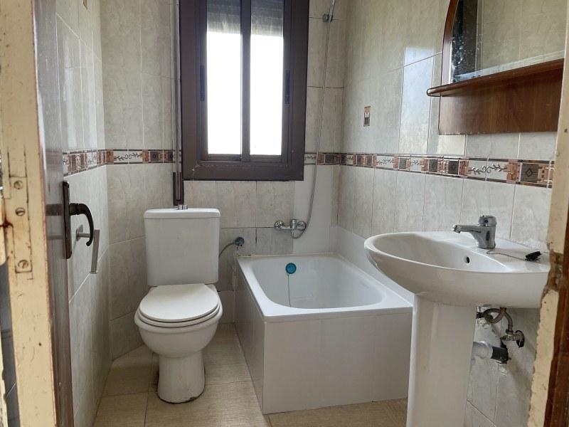 Piso en venta en Piso en Piera, Barcelona, 98.000 €, 2 habitaciones, 1 baño, 79 m2