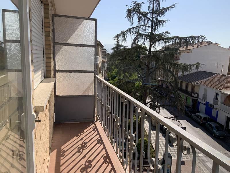 Piso en venta en Norte, Atarfe, Granada, Avenida Andalucia, 75.000 €, 3 habitaciones, 1 baño, 102 m2