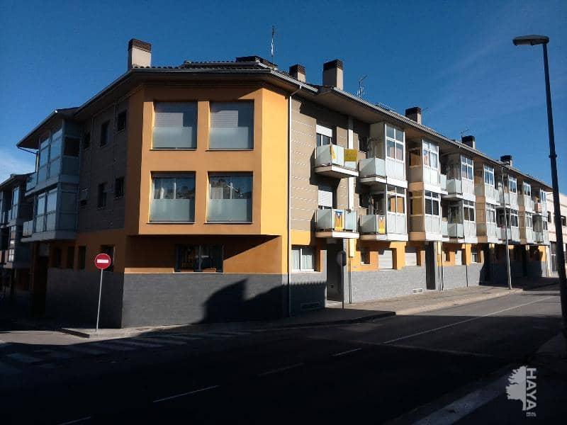Piso en venta en Barri Quatre Estacions, Vic, Barcelona, Calle Carrera S Hilari Sacalm, 136.800 €, 4 habitaciones, 3 baños, 158 m2