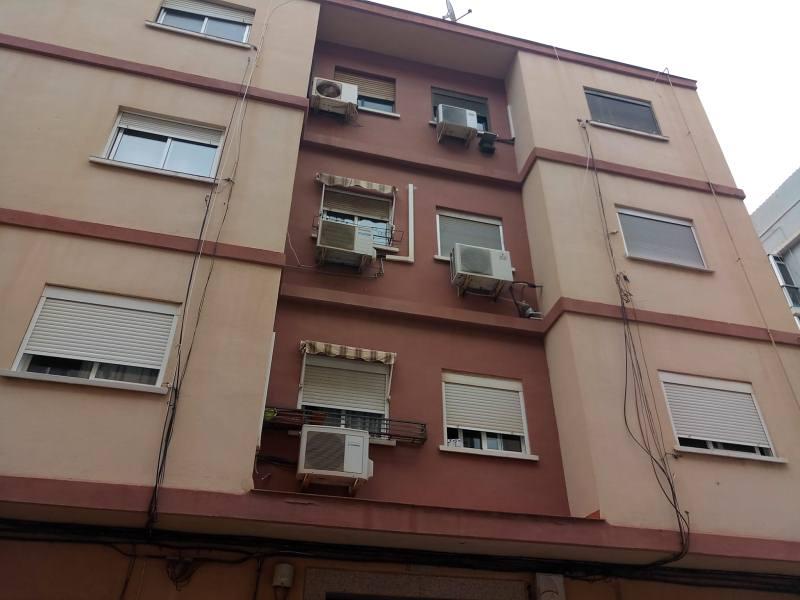 Piso en venta en Piso en Valencia, Valencia, 79.500 €, 3 habitaciones, 1 baño, 99 m2