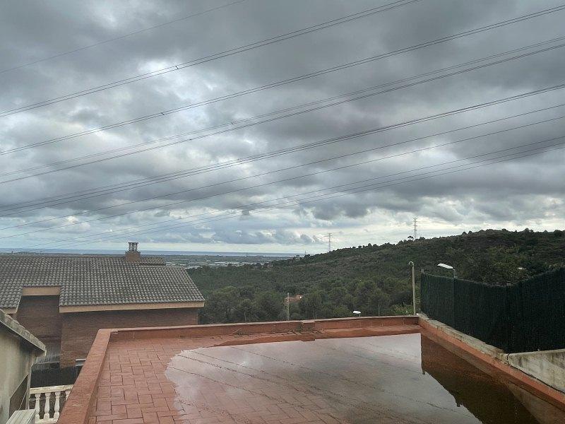 Piso en venta en Piso en Sant Boi de Llobregat, Barcelona, 272.000 €, 4 habitaciones, 2 baños, 122 m2, Garaje