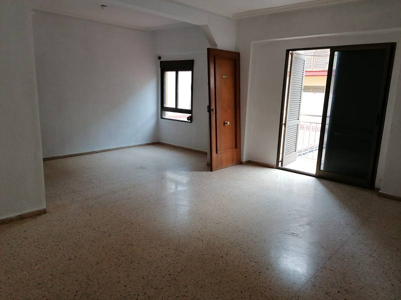 Piso en venta en Poblados Marítimos, Burriana, Castellón, Calle , 41.000 €, 3 habitaciones, 1 baño, 99 m2