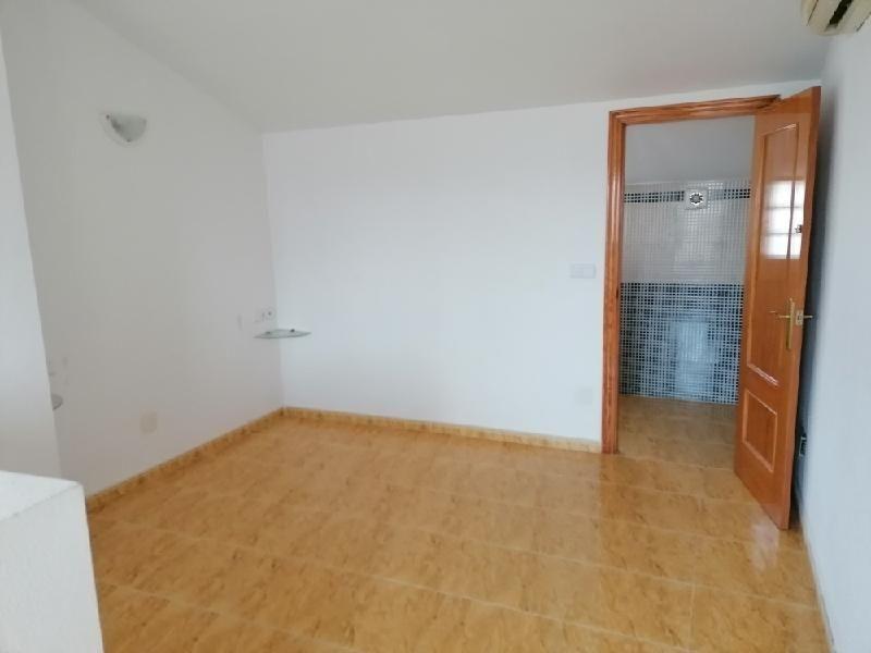 Casa en venta en Casa en Orihuela, Alicante, 94.000 €, 2 habitaciones, 2 baños, 64 m2