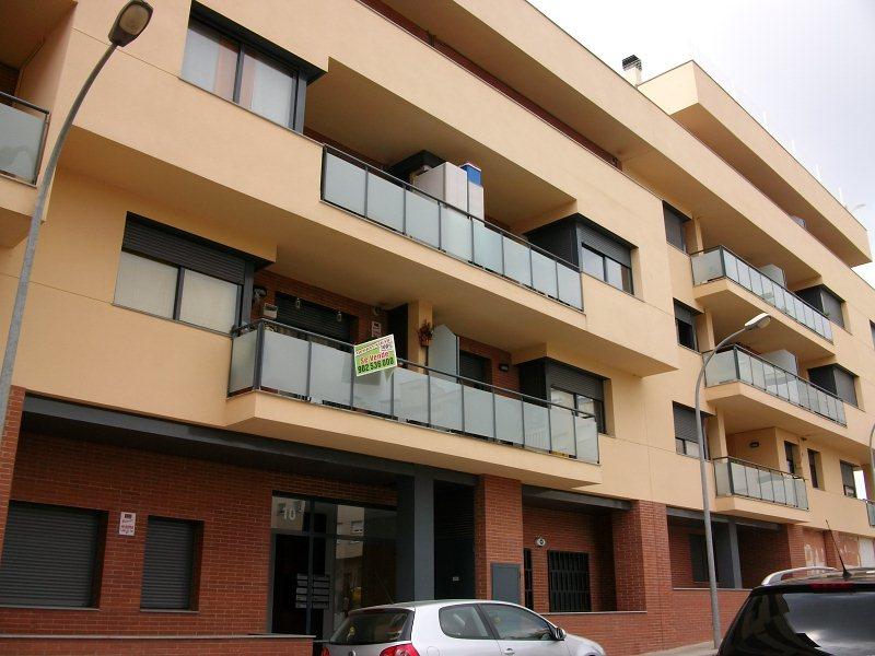 Piso en venta en Navàs, Barcelona, Calle Sant Cugat, 106.000 €, 3 habitaciones, 2 baños, 97 m2