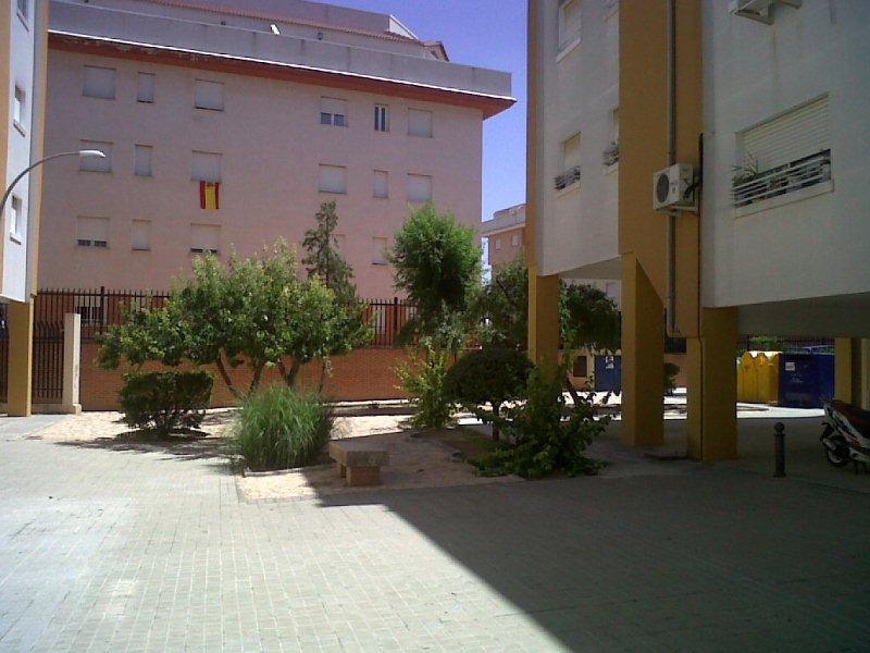 Piso en venta en Valdepeñas, Ciudad Real, Calle Prolongacion Postas, 39.900 €, 4 habitaciones, 1 baño, 104 m2