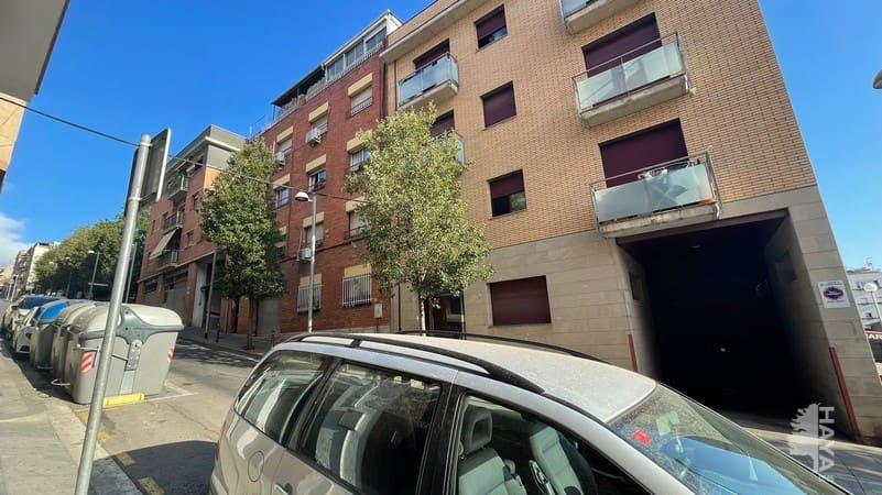 Piso en venta en Santa Coloma de Gramenet, Barcelona, Calle Sant Jordi, 86.000 €, 3 habitaciones, 1 baño, 60 m2