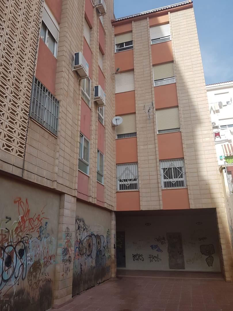 Piso en venta en Petrer, Petrer, Alicante, Avenida Madrid, 60.800 €, 3 habitaciones, 2 baños, 122 m2