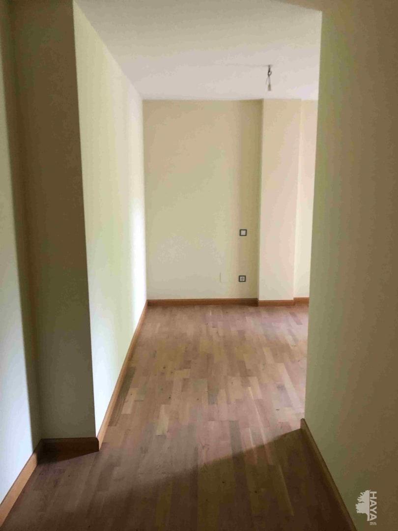 Piso en venta en Villaquilambre, León, Calle Iglesia, 94.000 €, 3 habitaciones, 1 baño, 85 m2