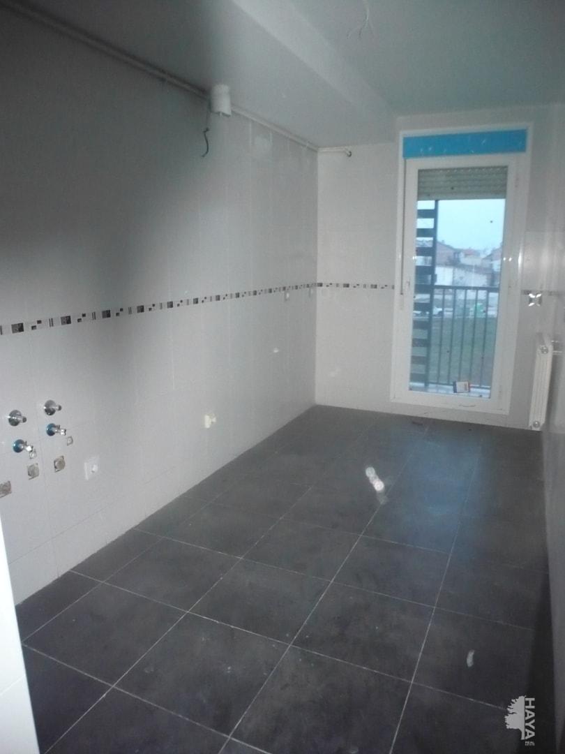 Piso en venta en Piso en Agoncillo, La Rioja, 56.000 €, 2 habitaciones, 1 baño, 70 m2