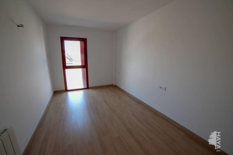 Piso en venta en Piso en Cassà de la Selva, Girona, 98.000 €, 3 habitaciones, 2 baños, 80 m2