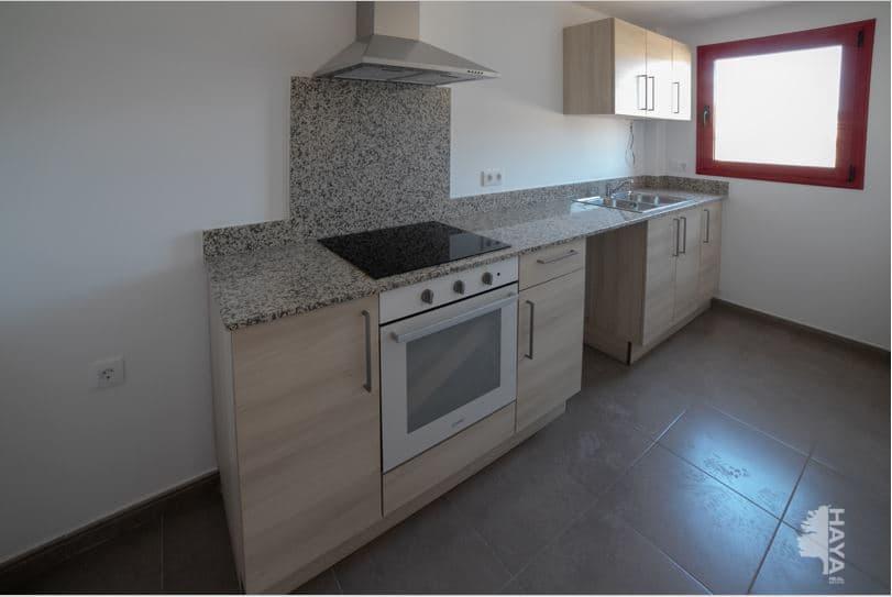 Piso en venta en Piso en Cassà de la Selva, Girona, 121.000 €, 3 habitaciones, 2 baños, 75 m2