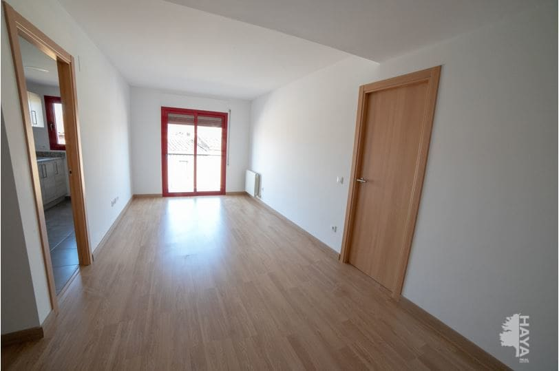 Piso en venta en Piso en Cassà de la Selva, Girona, 105.000 €, 1 habitación, 1 baño, 74 m2