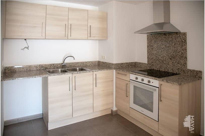 Piso en venta en Piso en Cassà de la Selva, Girona, 121.000 €, 2 habitaciones, 1 baño, 79 m2