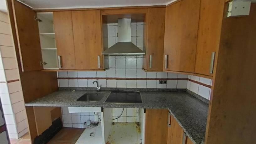 Piso en venta en Piso en Fuenlabrada, Madrid, 126.700 €, 3 habitaciones, 1 baño, 61 m2