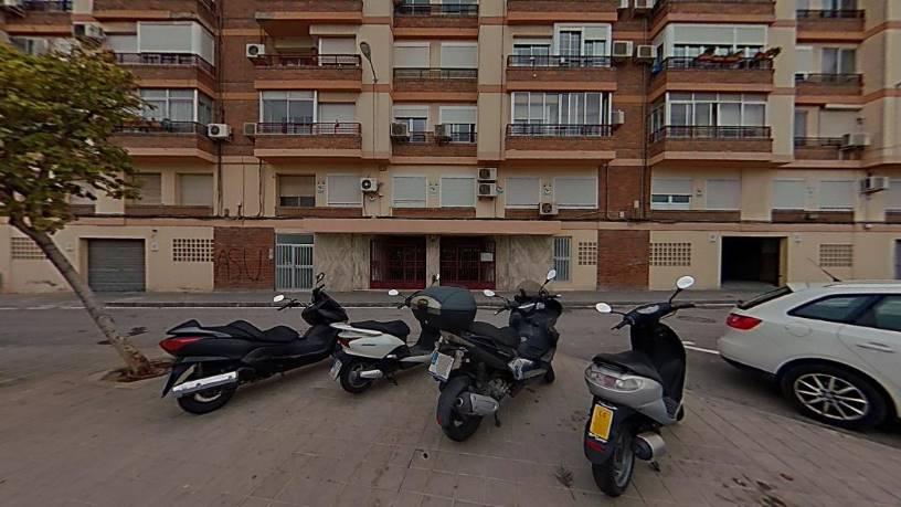 Piso en venta en Alicante/alacant, Alicante, Calle Prosperidad, 96.757 €, 4 habitaciones, 1 baño, 120 m2