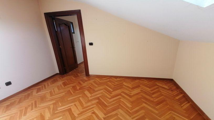 Piso en venta en Piso en Oviedo, Asturias, 155.490 €, 3 habitaciones, 2 baños, 97 m2