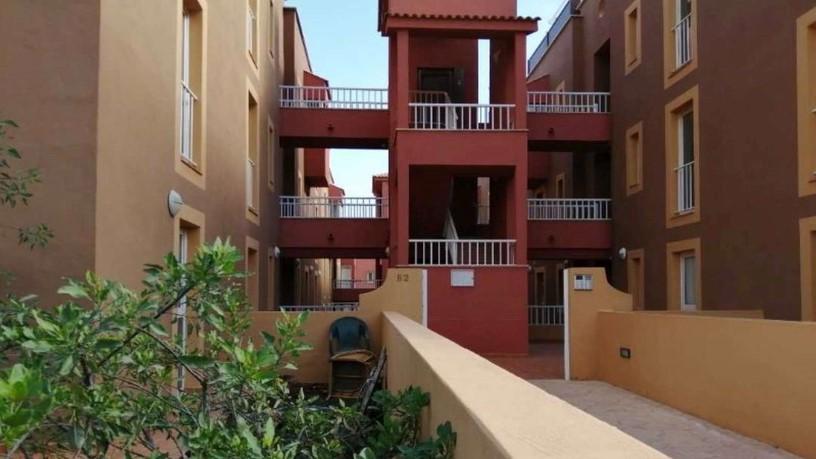 Piso en venta en La Oliva, Las Palmas, Urbanización Mirador de la Dunas, 120.750 €, 3 habitaciones, 2 baños, 112 m2