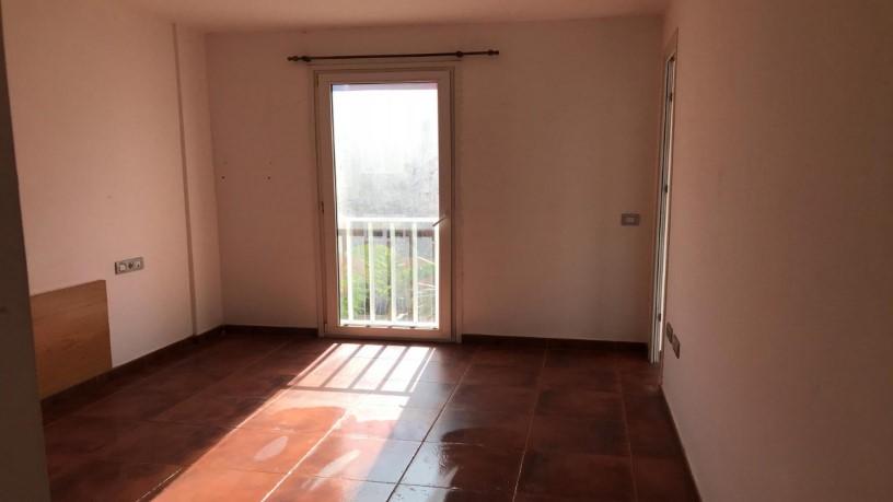 Piso en venta en Piso en la Oliva, Las Palmas, 120.750 €, 3 habitaciones, 2 baños, 112 m2